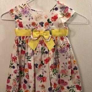 Nice Easter dress!